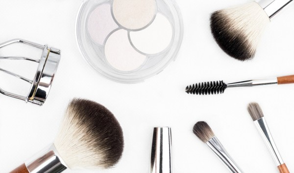 makeup-brush-1768790_1280